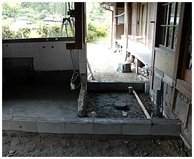 古い浴室の解体が終了