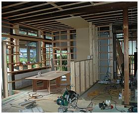 キッチンの間仕切り壁の完成